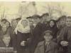 Górzno, rok najprawdopodobniej 1942, ślub Bolesława Lisa (Bolka) z Kazimierą Walendą. na pierwszym planie w czapce Stanisław Nadstawny. Rozpoznajecie kogoś z pozostałych osób? Zdjęcie udostępnił p. Marek Banaszek