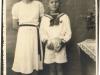 Zdjęcie komunijne  Macieja Jaworskiego z chrzestną p. Kapica. Udostępniła Lilianna Jaworska Kustwan
