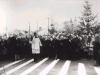 37. Uroczyste otwarcie mostu na rzece Wilga 11 XI 1935 rok - Poświęcenie mostu przez proboszcza Mariana Juszczyka. Źródło internet