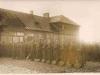 110.Ułani 1.PSK. na placu przed kościołem w Garwolinie. Źródło: fotopolska.eu