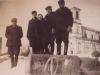 113. Przed kościołem, okupacja, pierwszy z prawej Edward Gora, młodzież z Natalii. Zdjęcie udostępniła p. M. Trzeciak