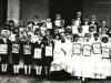 12. Pierwsza Komunia Św. dzieci z Michałówki. Rok około 1968. Zdjęcie udostępnił SJ