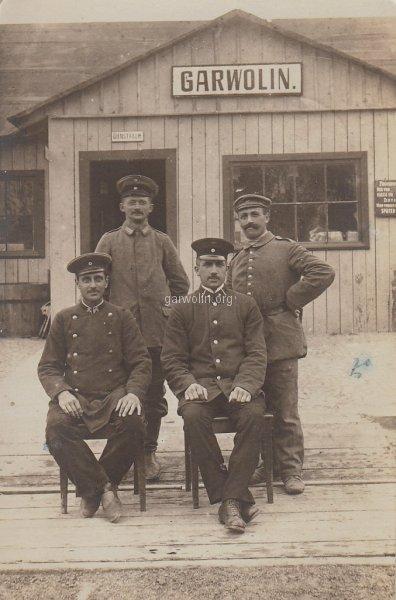 17.Zdjęcie wcześniej wrzucilismy do folderu Wola Rębkowska, ale okazuje się że zdjęcie zostało wykonane na stacji kolejowej Garwolin ale w Rudzie Talubskiej. Źródło fotopolska.eu
