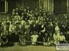 2. Szkoła w Sobolewie, nauczyciele i uczniowie. Fotografia z 1938 roku. Udostępnił S. Proczek