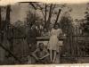 Rok 1947. Unin. Od lewej Józefa i Antoni Maszkiewiczowie, Genowefa Piesiewicz (z Garwolina), Julia Domarecka, poniżej siedzi Wojciech Maszkiewicz. Fotografie ze zbiorów E. Domareckiej
