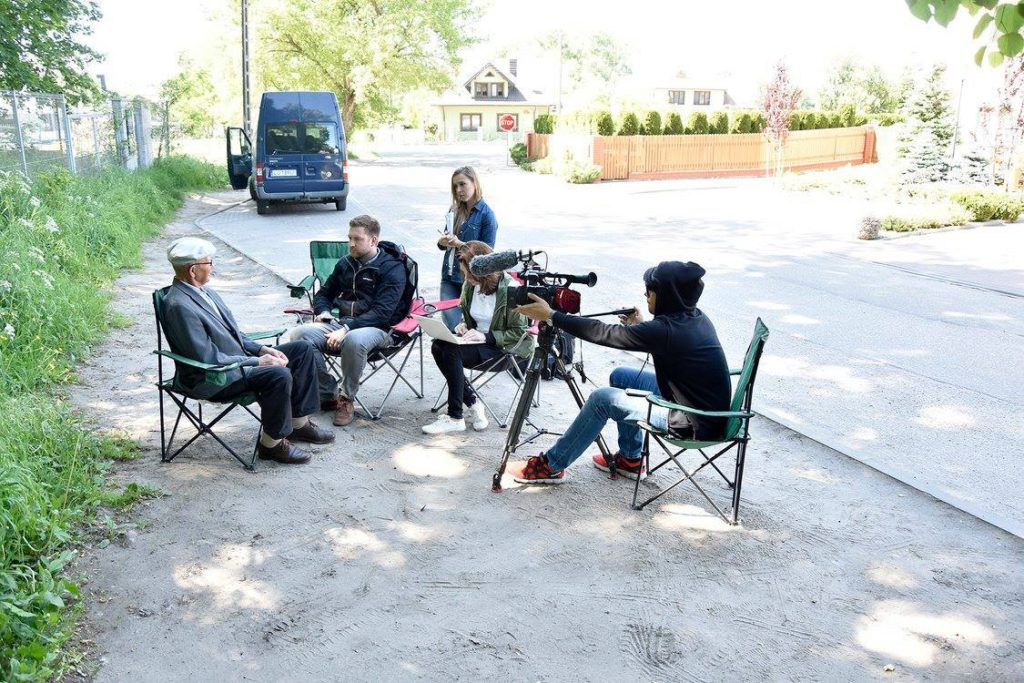 ©Yahad-In Unum Pracownicy Yahad-In Unum podczas wywiadu w Żelechowie