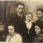 Tablica upamiętniająca obecność ludności pochodzenia żydowskiego w Garwolinie