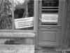 97. Kolejna propaganda w witrynie sklepu w Garwolinie - rok 1981. Zdjęcie ze zbiorów Polskiej Agencji Prasowej autorstwa Macieja Musiała.