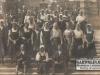 Pielgrzymka z Maciejowic na Jasnej Górze w 1937 roku. Najprawdopodobniej na zdjęciu znajduje się Stanisława Talarek z d. Kowalska. Jeśli ktoś może to potwierdzić to prosimy o komentarz. Zdjęcie udostępnił Piotr Talarek