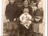 3. Rodzina Boguszów z Budla. Zdjęcie udostepnił p. Bogusz
