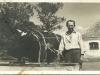 Miętne gospodarstwo szkolne lata 30-te. Na zdjęciu Kazimierz Wojtaś. Zdjęcie udostępnił Krzysztof Siarkiewicz. Ze zbiorów p. Wojtaś z Miętnego — w: Mietne