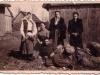54. Grupa z Miętnego - wśród nich p. Antonina Kot z d. Duchna, na ziemi leży Szymon Karczmarczyk - zdjęcie udostępniła p. Rozum