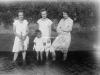 Trzy kobiety i dziecko, chłopczyk. Ze zbiorów Stefana Siudalskiego