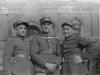 Trzej mężczyźni w mundurach Ze zbiorów Stefana Siudalskiego