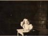Rok 1950. Unin. Hania i Ewa Domareckie - moje ukochane zdjęcia, robiła je mama bez lampy tylko w smudze światła od okna. Fotografie ze zbiorów E. Domareckiej