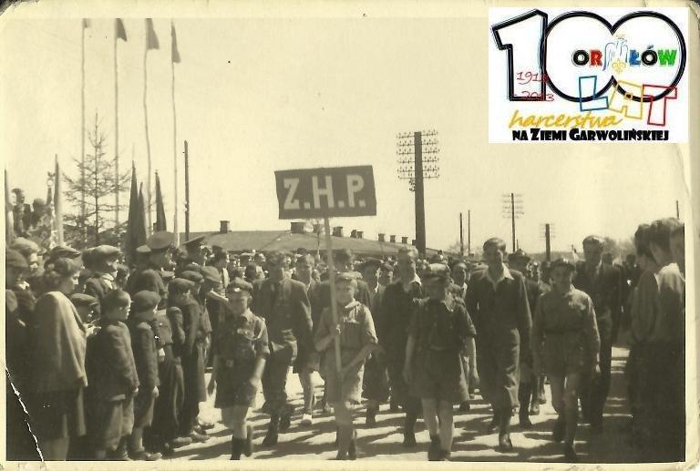 3 Maja 1945 lub 1946 roku w Garwolinie. Źródło ZHP Garwolin